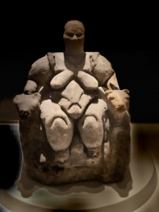 Kil Ana Tanrıça heykelciği Çatalhöyük M.Ö. 5700- Terracotta Mother Goddess 5700 BC from Catalhoyuk